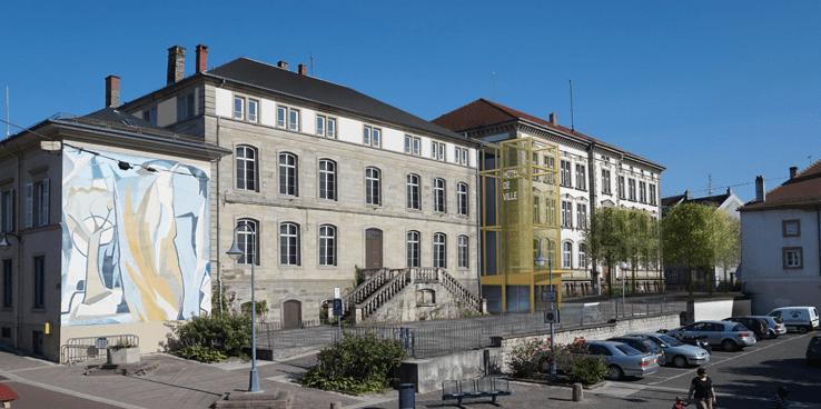 Sarrebourg_Mairie_html_4a4c42f0d3686bb2
